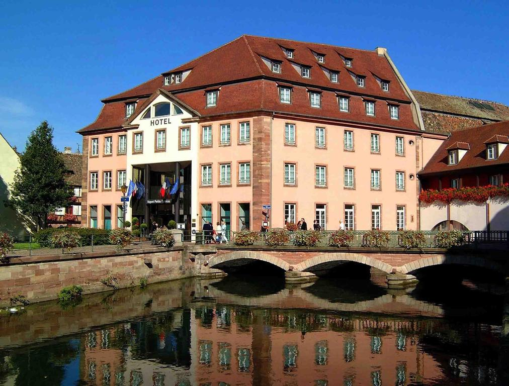 Luxury hotels in strasbourg capital of alsace travel for Hotel design strasbourg